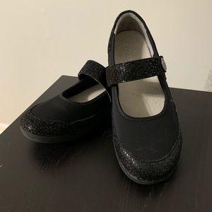 Alegria Mary Jane nursing shoes size 8